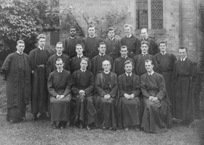 Canon Boulter and Students 1925